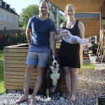 Mag. Dr. Anna Kirchweger und Marco Freitag mit 1st Hygge Baby Tochter Laura